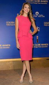 Jessica Alba falda tubo 2013